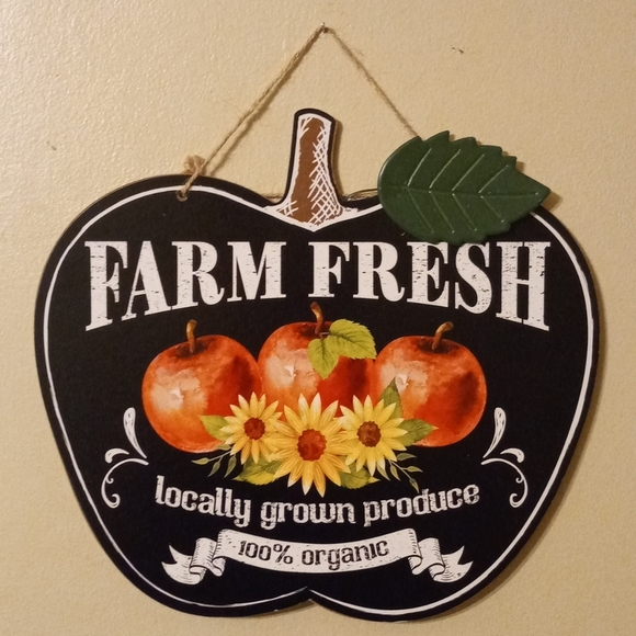 Farm Fresh Apples Hanging Sign
